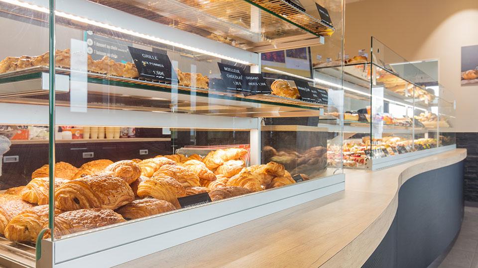 Réalisations vitrines Boulangerie – Pâtisserie / Vitrine Boulangerie Lozach / 10