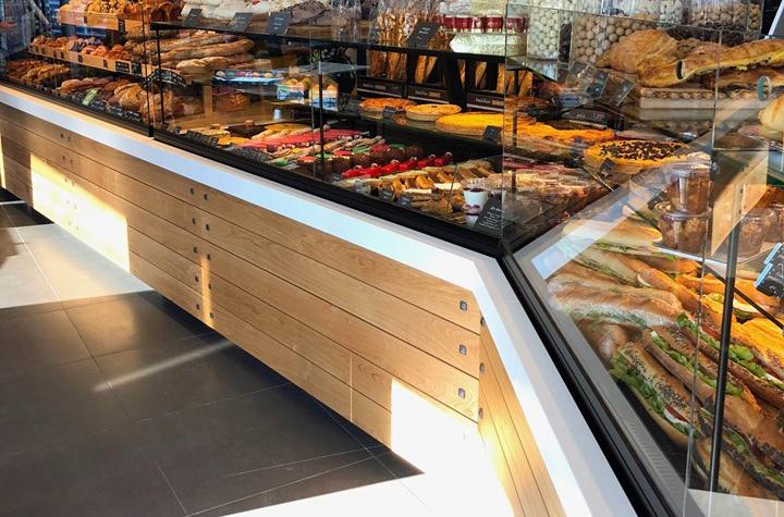 vitrine sur-mesure boulangerie