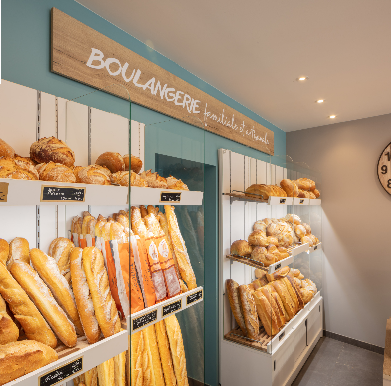 Réalisations vitrines Boulangerie – Pâtisserie / Vitrine boulangerie - Guillou / 12